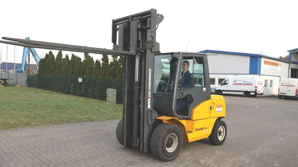 Jungheinrich DFG550-G-447ZZ Diesel Forklift