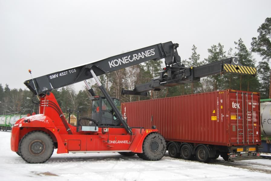 SMV 4527TC5 Vollcontainer Reachstacker www.hinrichs-forklifts.com