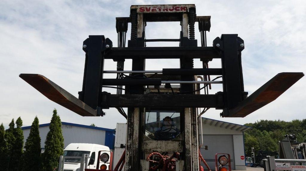 Svetruck 13.6-120-32 Heavy Forklifts