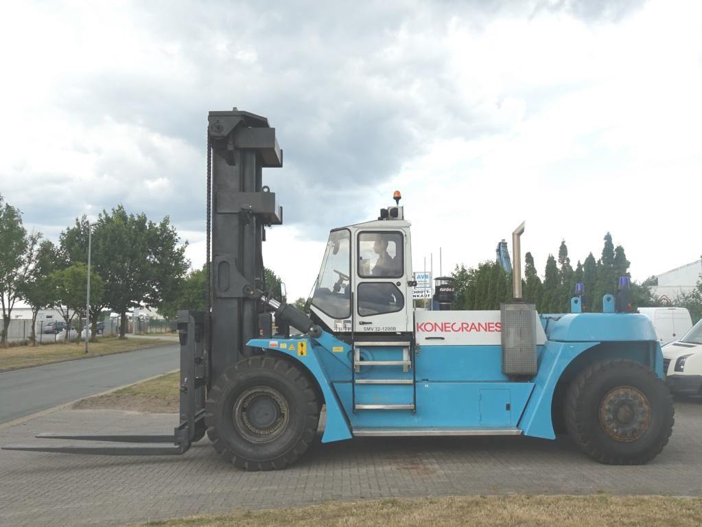 SMV 32-1200B Chariots lourds www.hinrichs-forklifts.com