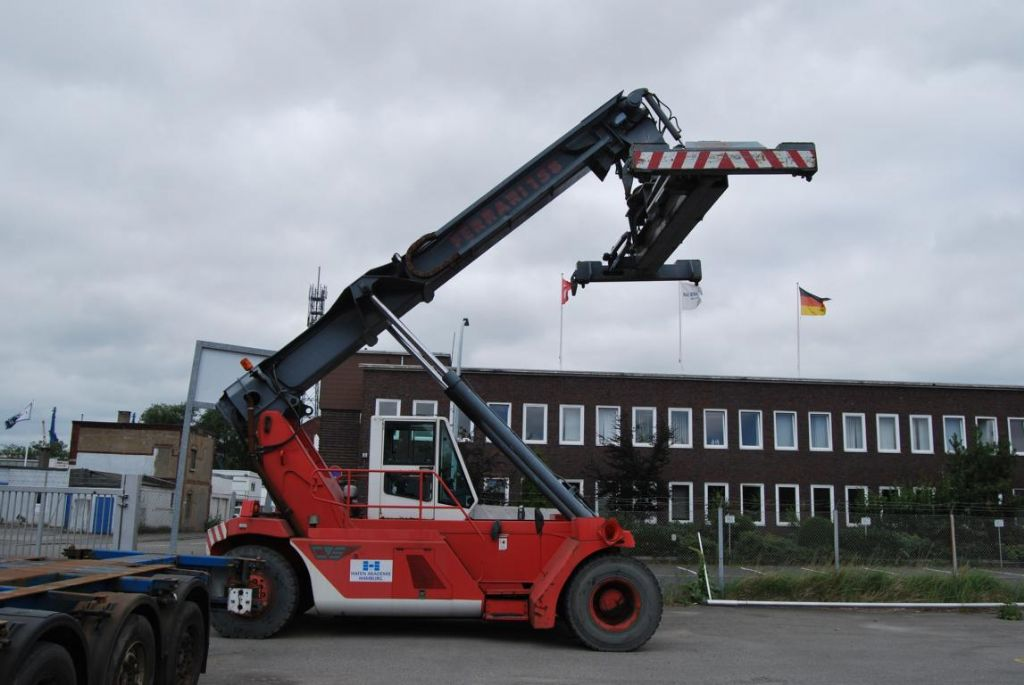 Leer Container Reachstacker-CVS Ferrari-F158