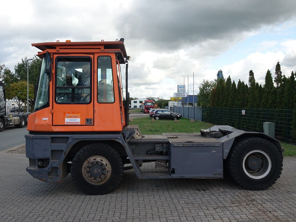 MAFI MT36 4x4FI Tracteur à bagages www.hinrichs-forklifts.com