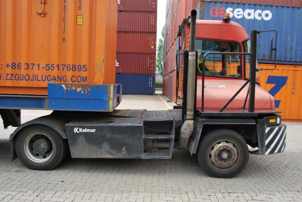 Kalmar-TT612d-Terminaltraktor