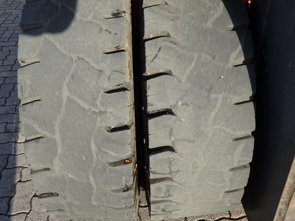 Kalmar DCD160-12 Schwerlaststapler