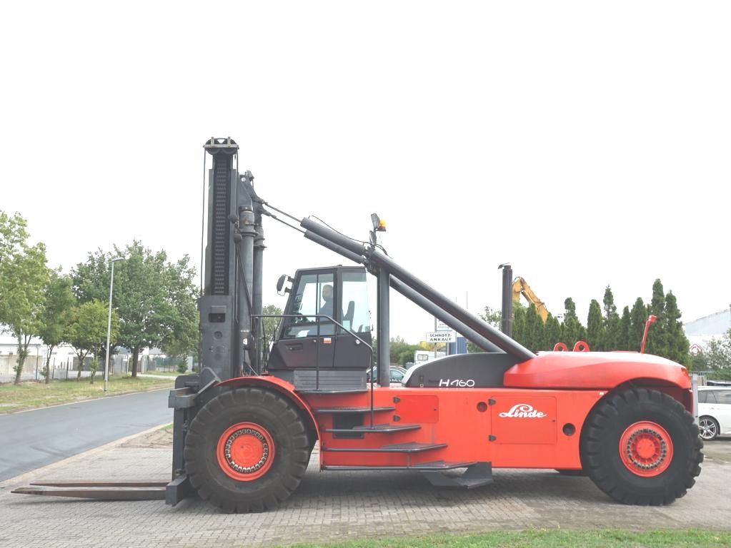 Linde H460 Chariots lourds www.hinrichs-forklifts.com