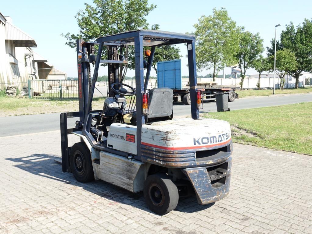 Komatsu FD25T-11E Diesel Forklift