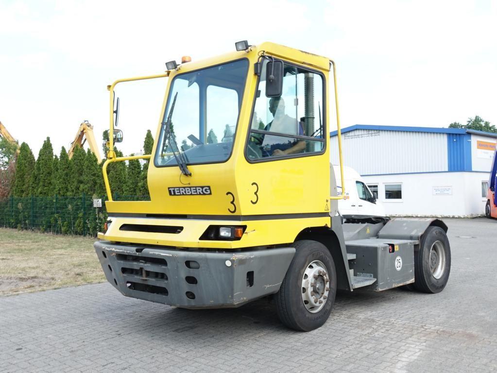 Terberg YT222 Terminal tractor