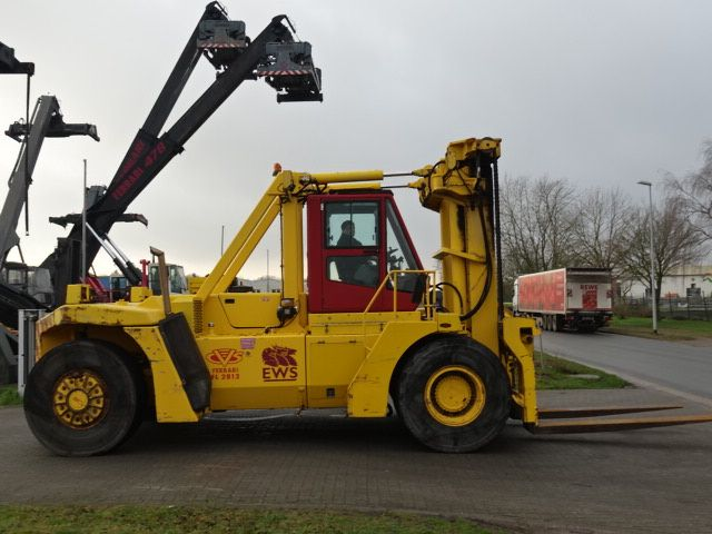 CVS Ferrari FL2812 Heavy Forklifts