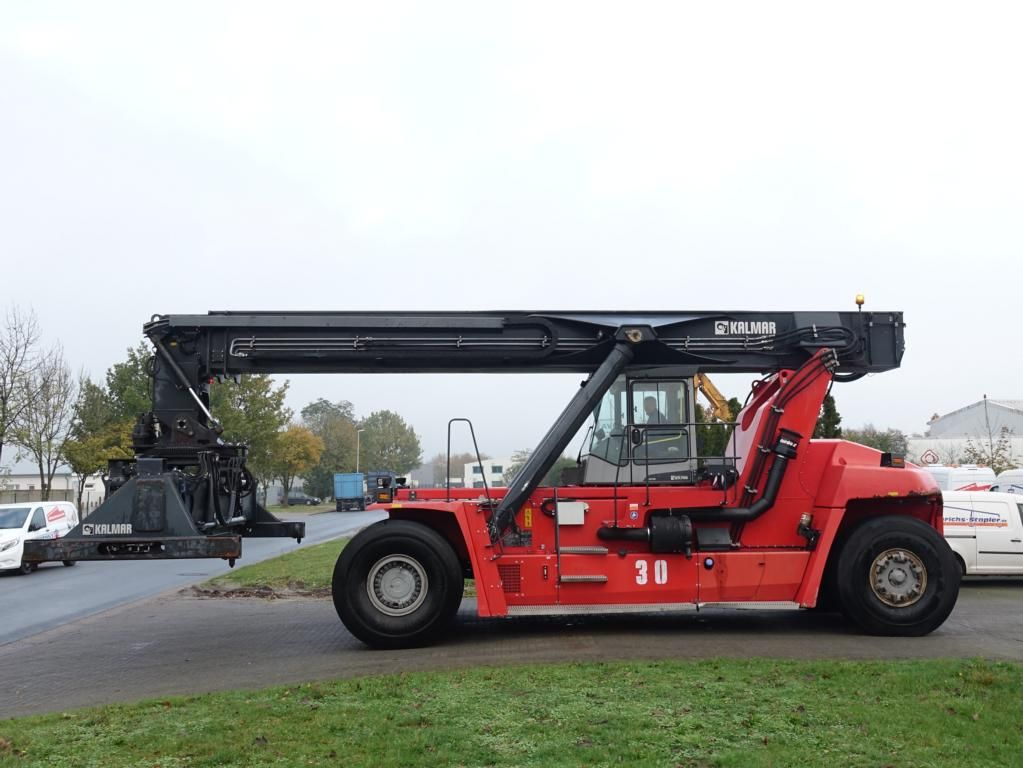 Kalmar-DRF450-65S6-Vollcontainer Reachstacker