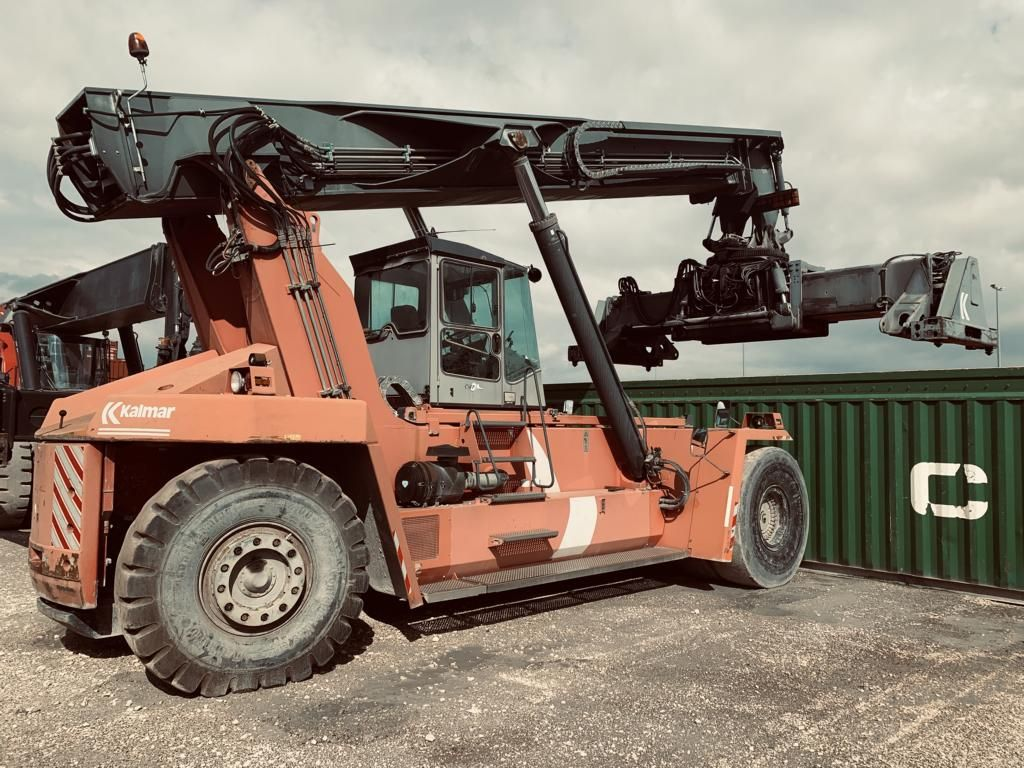 Kalmar DRD400-60C5 Full-container reach stacker www.hinrichs-forklifts.com