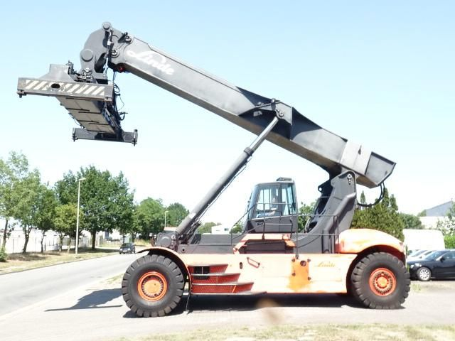 Linde C4531TL5 Full-container reach stacker www.hinrichs-forklifts.com