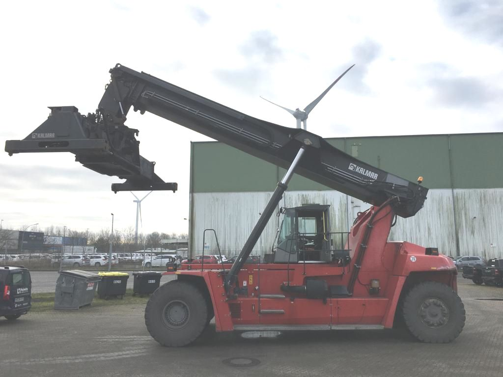 Kalmar-DRF450-65S5L-Vollcontainer Reachstacker
