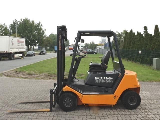 Still R70-25I Diesel Forklift www.hinrichs-forklifts.com