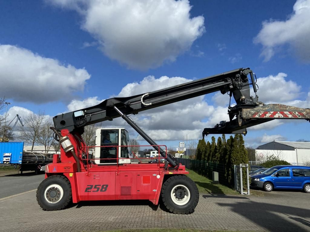 CVS Ferrari-F258.6-Leercontainer Reachstacker