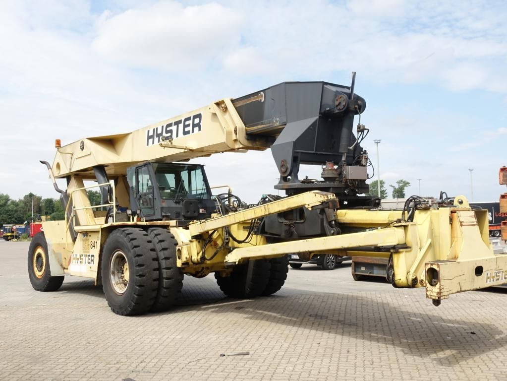 Hyster RS4633IH Full-container reach stacker www.hinrichs-forklifts.com