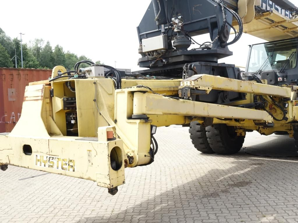 Hyster RS4633IH Full-container reach stacker