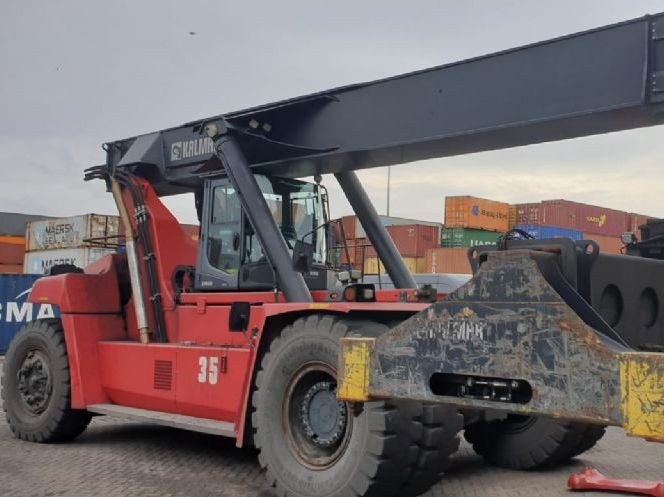 Kalmar DRG450-65S6X Full-container reach stacker www.hinrichs-forklifts.com