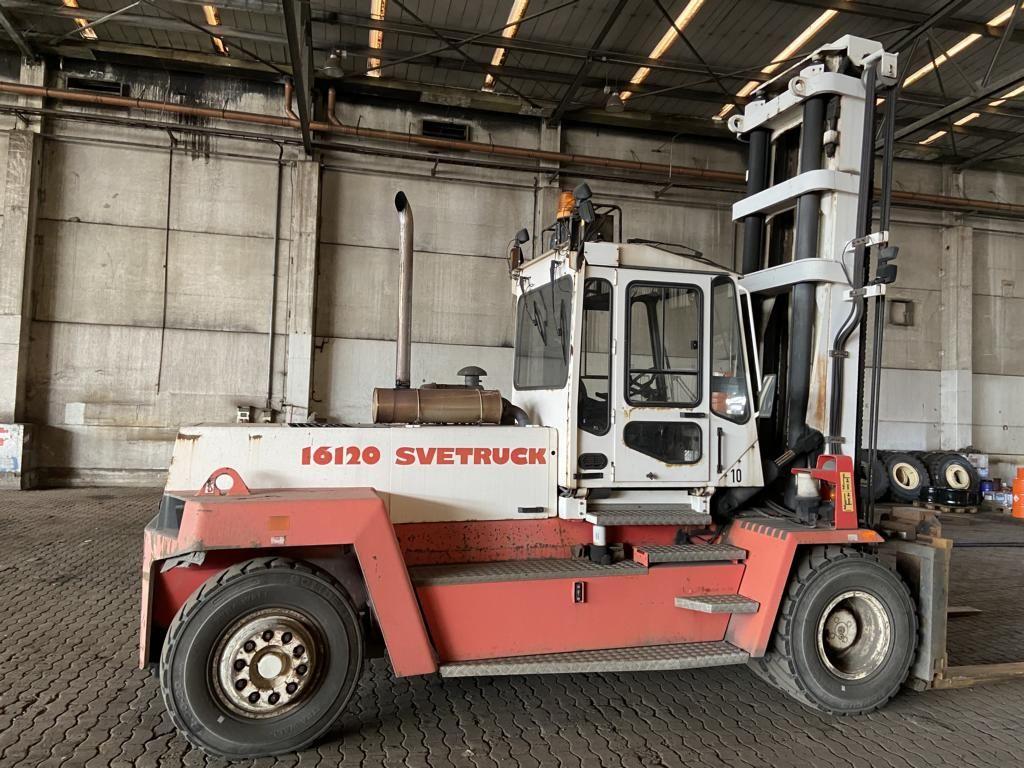 Svetruck 1612038 Heavy Forklifts www.hinrichs-forklifts.com