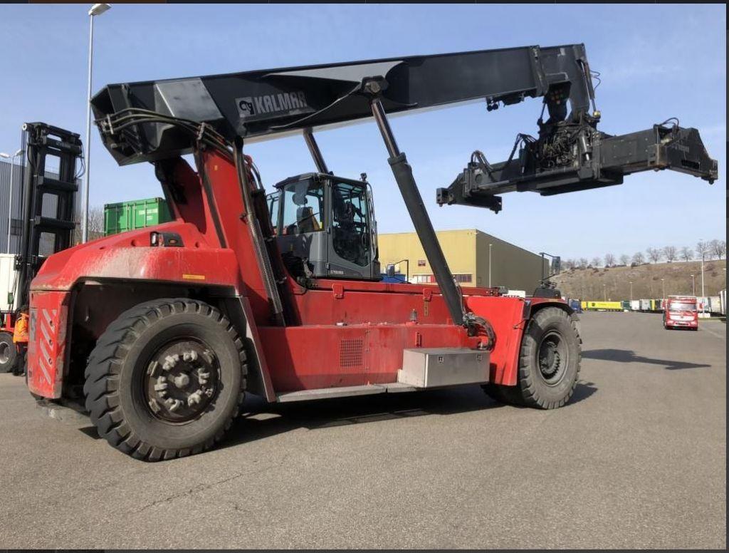 Kalmar-DRG450-65S5X-Vollcontainer Reachstacker