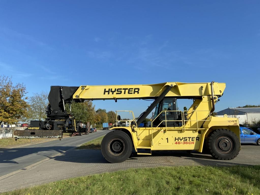 Hyster-RS4636CH-Vollcontainer Reachstacker
