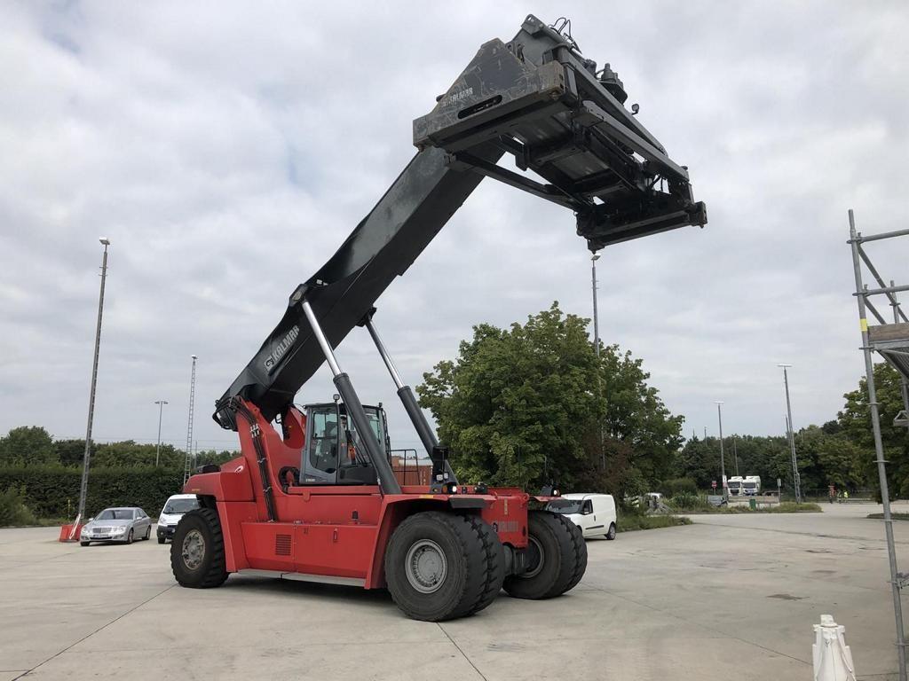 Kalmar DRG450-60C5 Full-container reach stacker