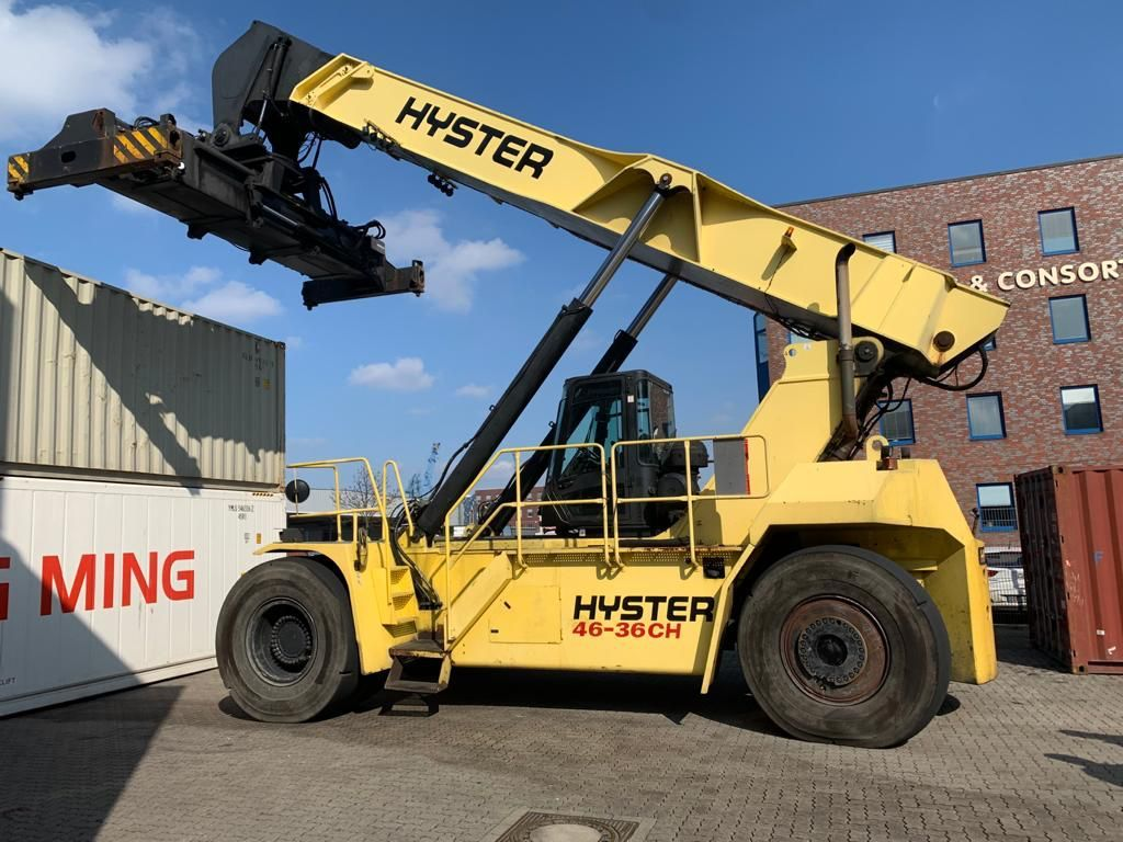Hyster RS4636CH Full-container reach stacker www.hinrichs-forklifts.com