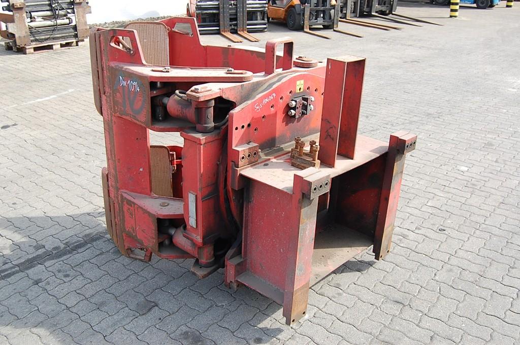 Auramo Papierrollenklammer Paper roll clamp www.hinrichs-forklifts.com