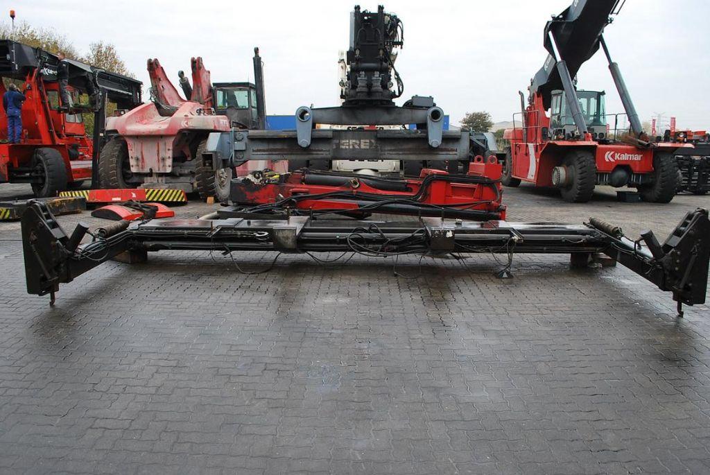20-40 feet Sidespreader CV8669/98 20/40` Hydraulic Spreader www.hinrichs-forklifts.com