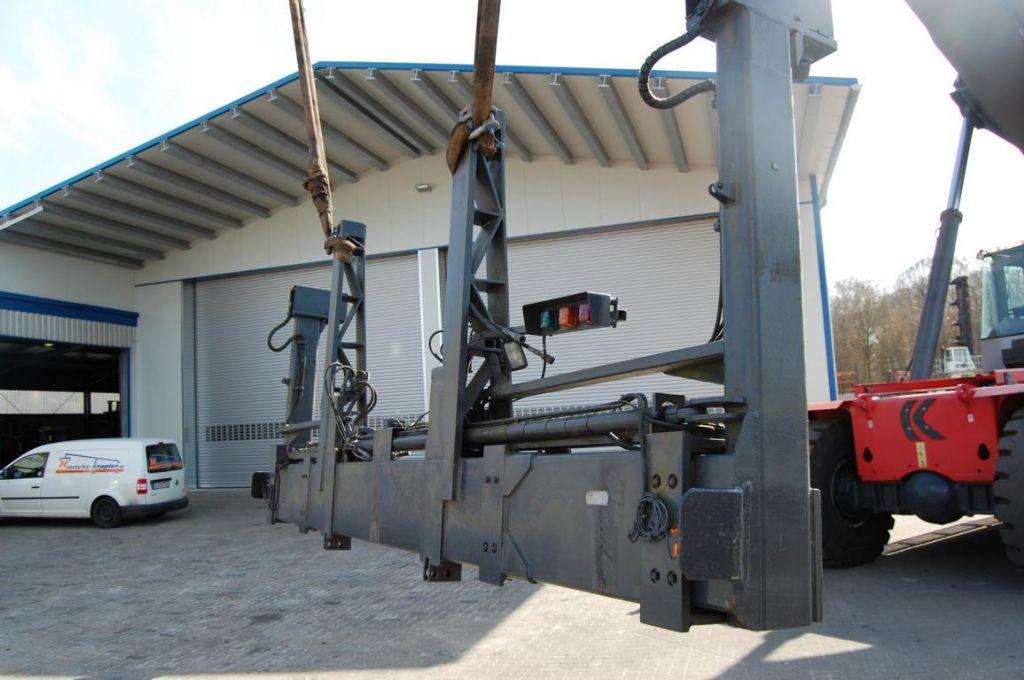 Kalmar Seitenspreader  20/40` Hydraulic Spreader