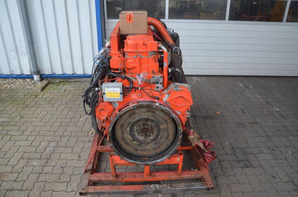 Scania  Engine www.hinrichs-forklifts.com