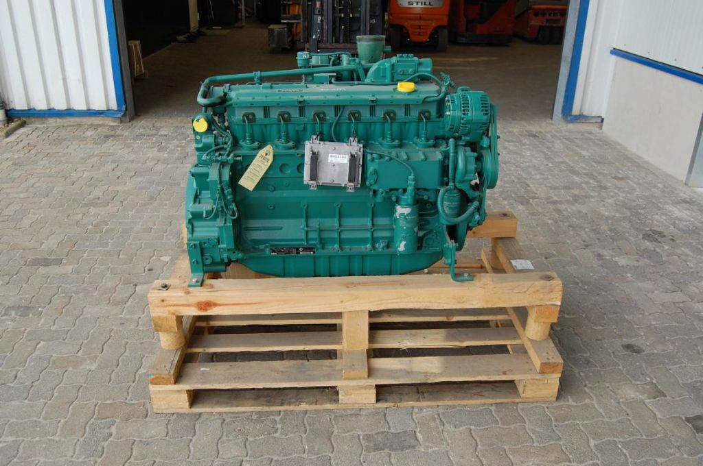 Volvo TAD722VE Engine www.hinrichs-forklifts.com