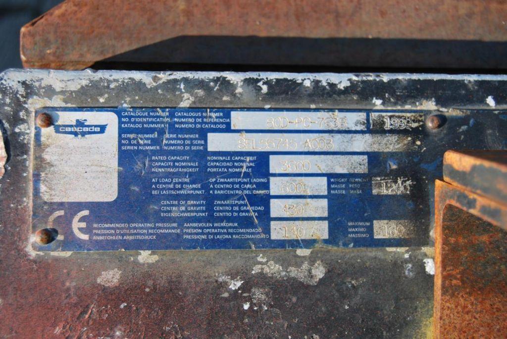 Cascade 80D-PC763B Bale clamps