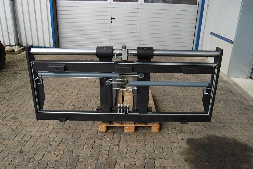 *Sonstige ARVI Zinkenversteller/ Seitenschieber/ fork positioner Fork positioners www.hinrichs-forklifts.com