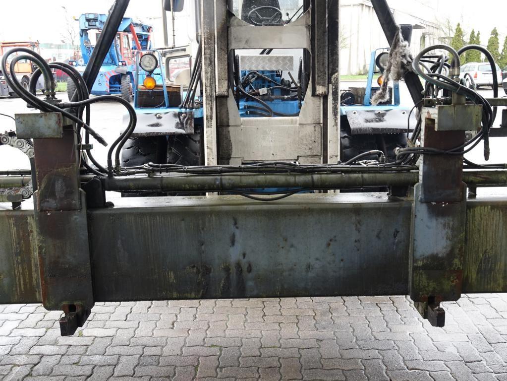 Kalmar  20/40` Hydraulic Spreader