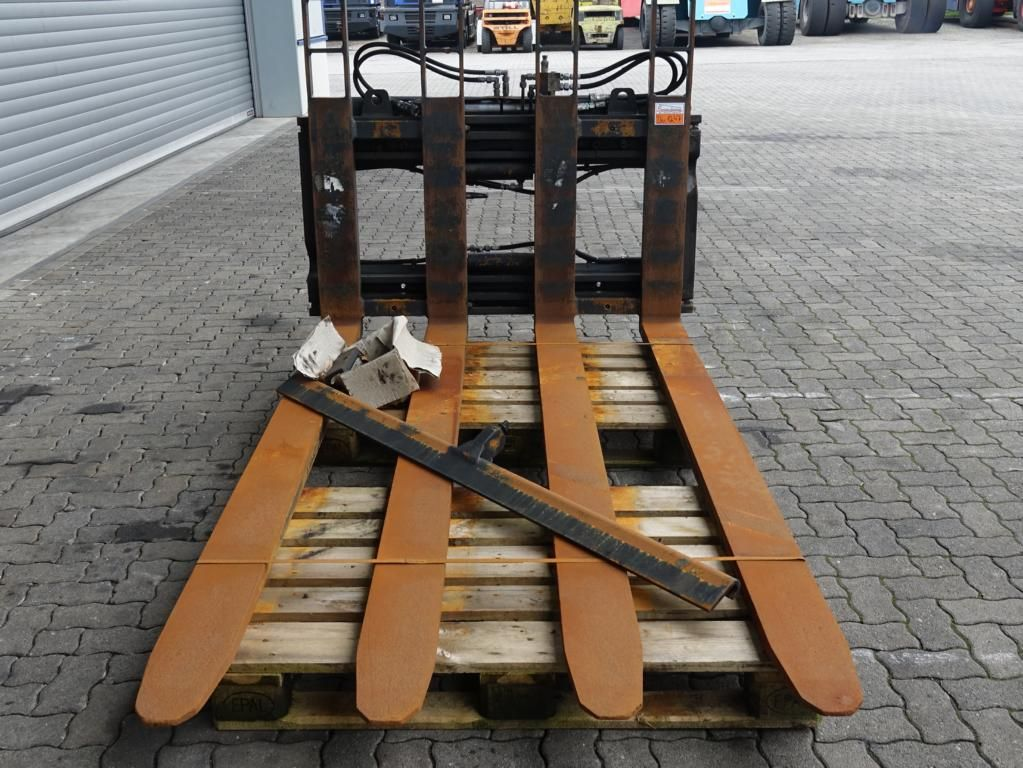 Kaup 10T Horquilla para pálet doble www.hinrichs-forklifts.com