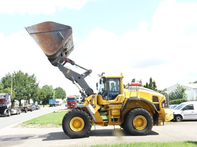 Volvo L180H Pale gommate www.hinrichs-forklifts.com