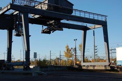 Containerstapler-Munck-Containerbruecke Munck