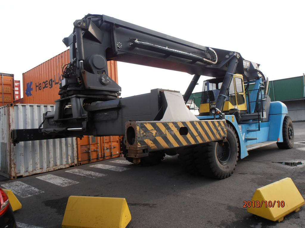 SMV SC4127TB5 Full-container reach stacker