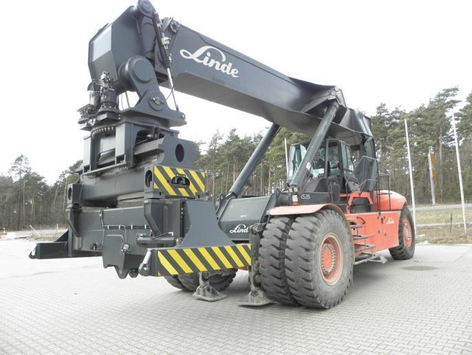 Linde C4535TL/5 Full-container reach stacker