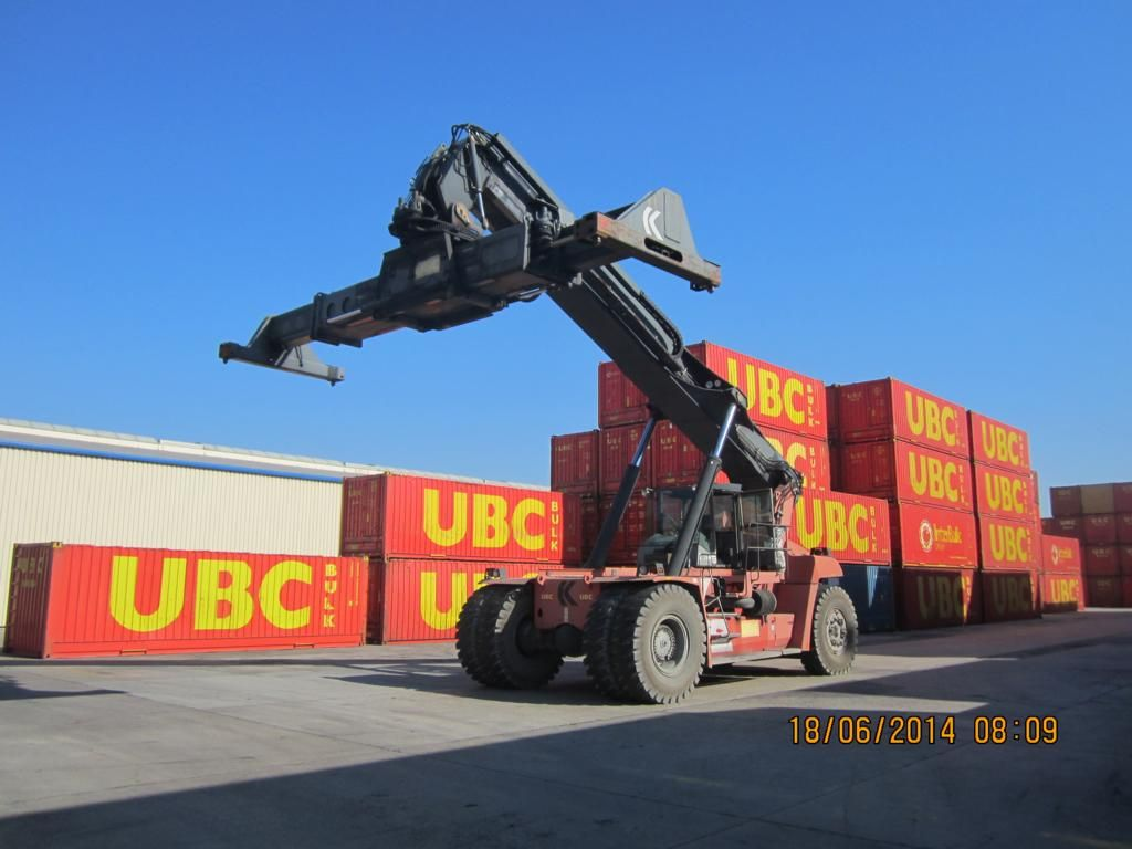 Kalmar DRF450-60S5X Full-container reach stacker www.hinrichs-forklifts.com
