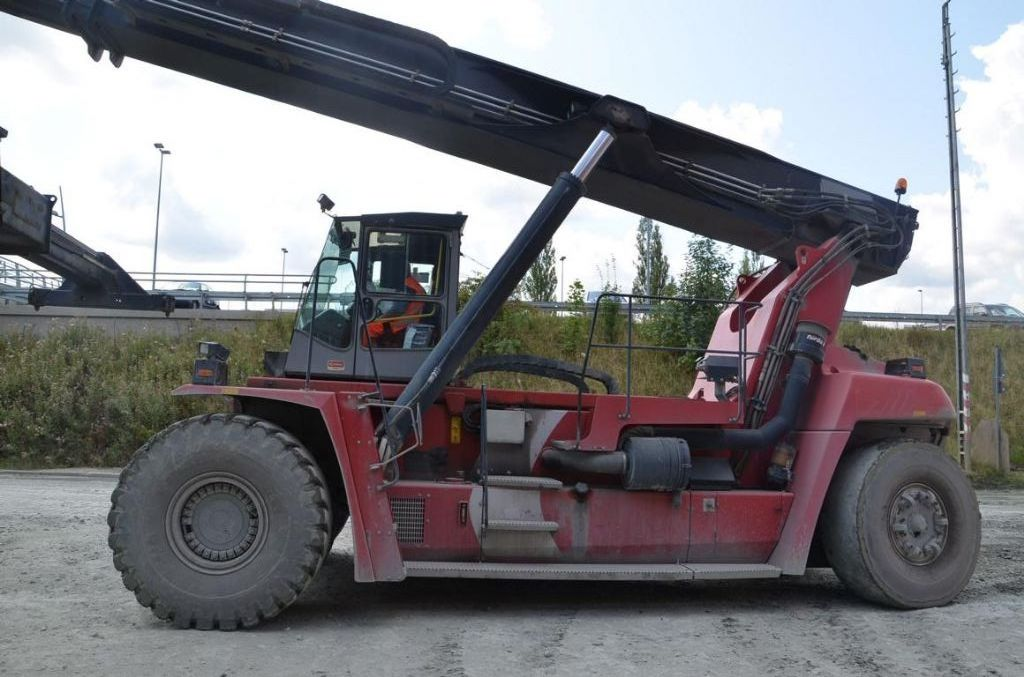 Kalmar DRF450-60-S5 Full-container reach stacker www.hinrichs-forklifts.com