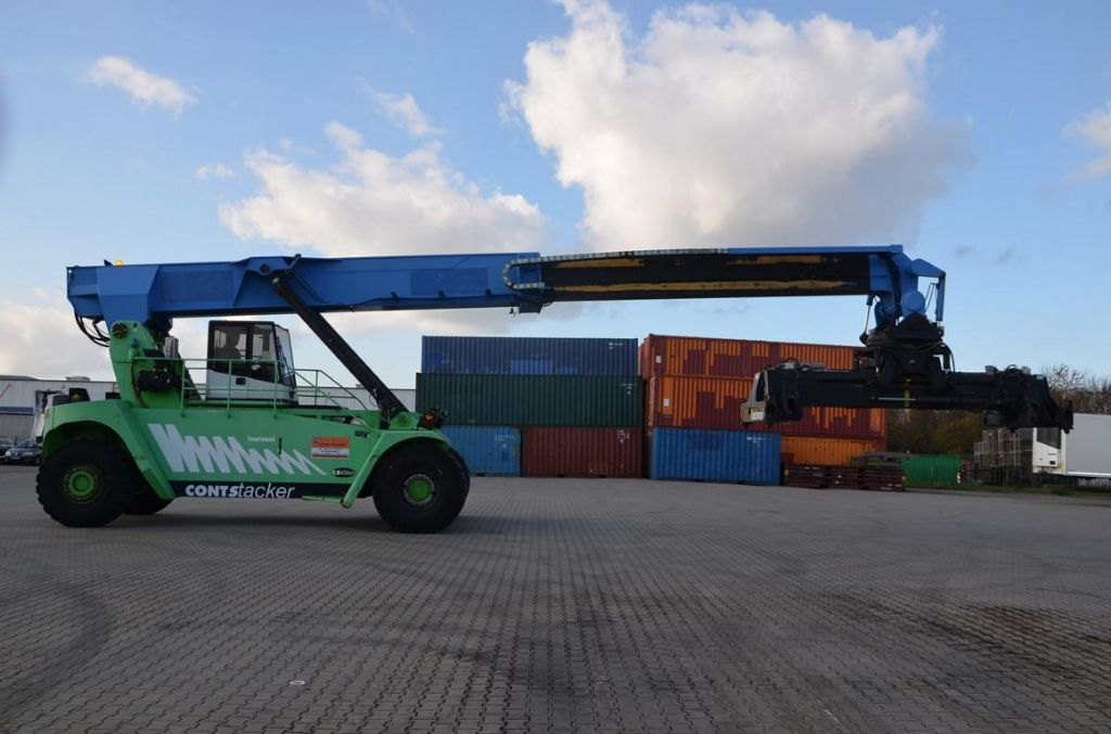 Fantuzzi C545KM Empty Container Reachstacker