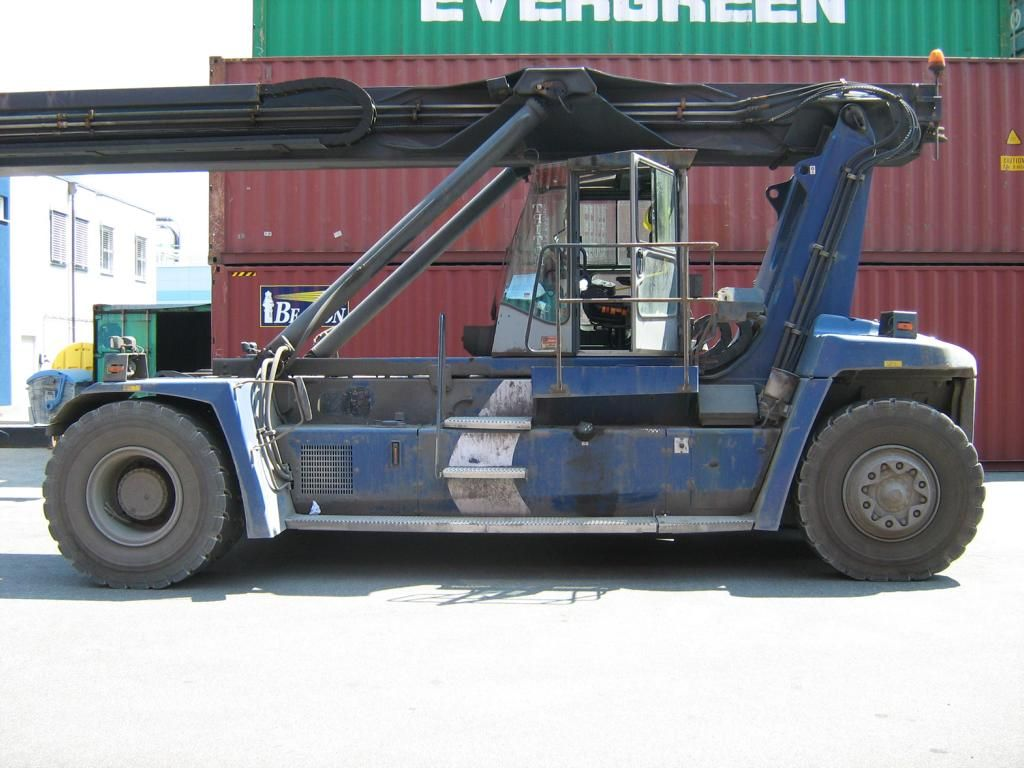 Kalmar DRF100-54-S6 Empty Container Reachstacker www.hinrichs-forklifts.com