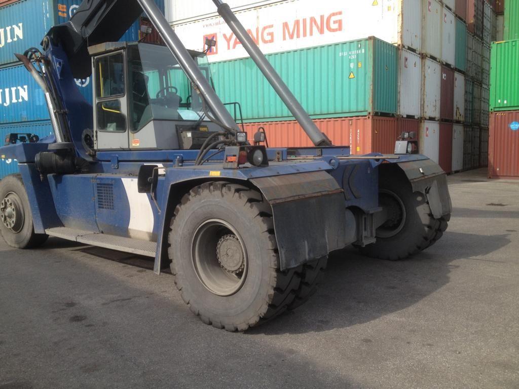 Kalmar DRF100-54-S6 Empty Container Reachstacker
