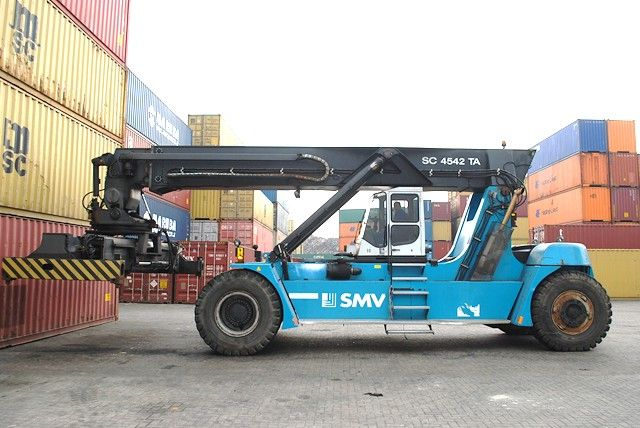 SMV SC4542TA5 Vollcontainer Reachstacker www.hinrichs-forklifts.com