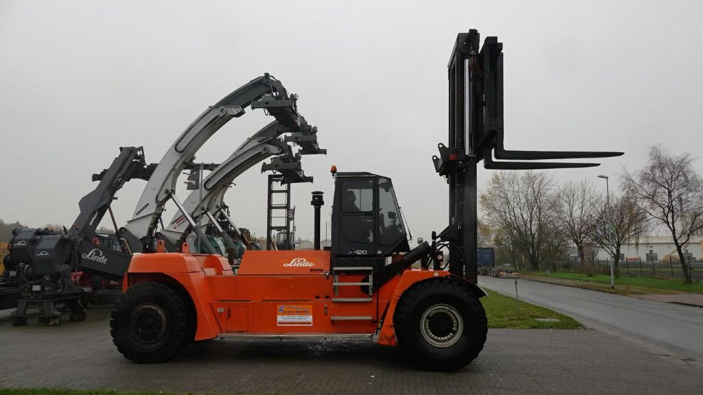 Linde H420D Diesel Forklift www.hinrichs-forklifts.com