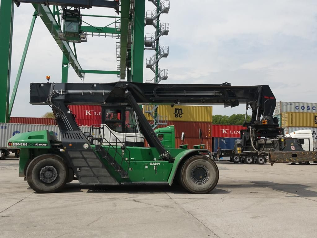 Sany SRSC4531G Full-container reach stacker www.hinrichs-forklifts.com