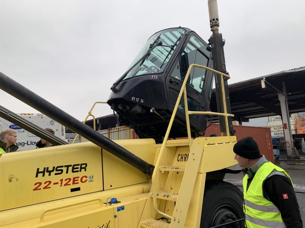 Hyster H22XM-12EC Chariot à container vide