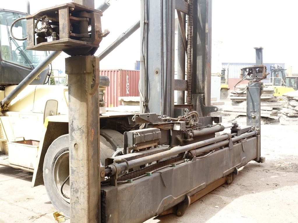 Hyster H22.00XM-12EC Leer Containerstapler www.MecLift.de