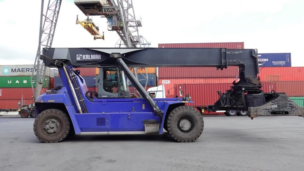 Kalmar DRG450-60S5 Full-container reach stacker www.hinrichs-forklifts.com
